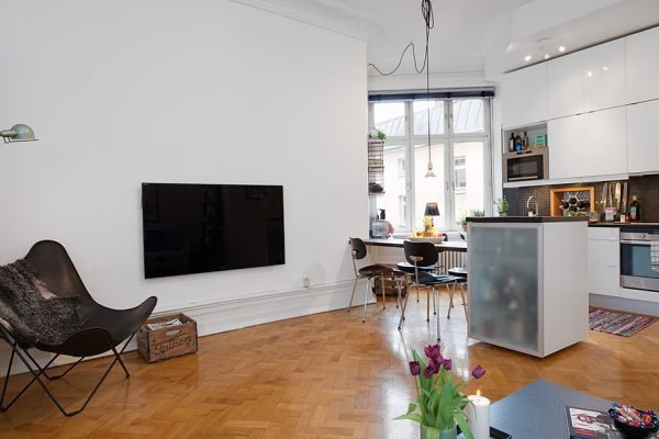 Small But Well Distributed Apartment With A Modern Interior