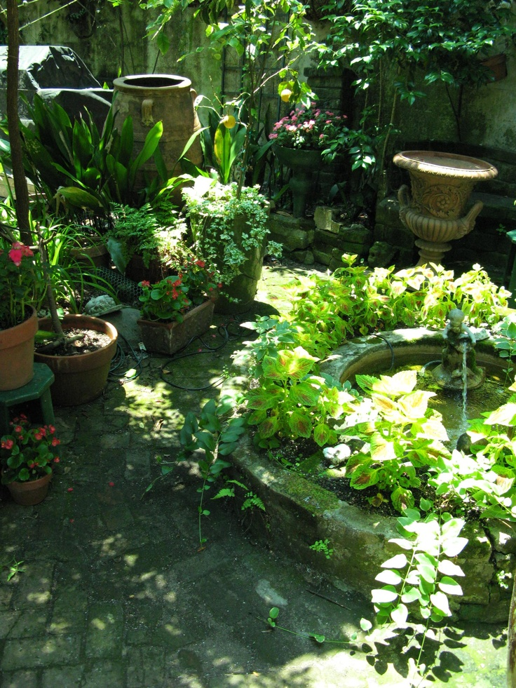 106 best images about new orleans courtyard on pinterest for Landscaping rocks new orleans