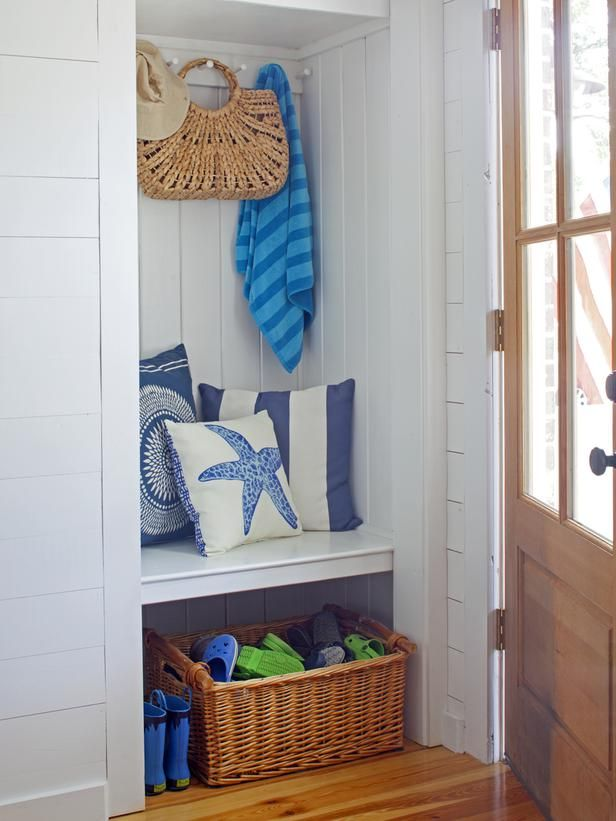 Cottage-Style Mudroom Nook >> http://www.hgtvremodels.com/interiors/beachy-cottage-makes-a-comeback/index.html?soc=pinterest