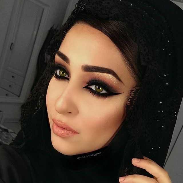 Happy Friday! @nazanasghar balanced out her Arabic Smokey Eye look with a peach lip, using our Slim Lip Pencil in 'Pale Pink' and Extra Creamy Round Lipstick in 'Honey'. || #nyxcosmetics #regram