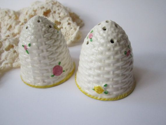 Vintage Pink Yellow Floral Beehive Salt & Pepper by jenscloset, $12.50Salts Peppers Shakers, Bees Happy, Pink Yellow, Yellow Floral, Vintage Pink, Vintage Salts, Vintage Beehive, Floral Beehive, Beehive Salts