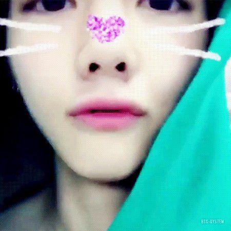 "Taehyung pics ♚ no Twitter: ""https://t.co/6zRJmAE5yk"""