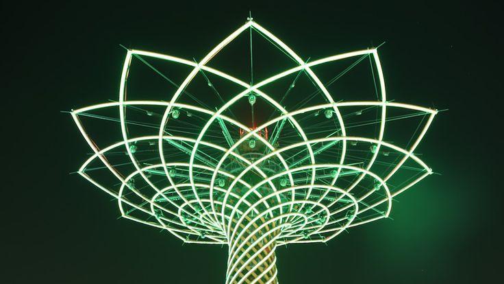 L'albero della vita, orgoglio di Expo, come non lo avete mai visto - video