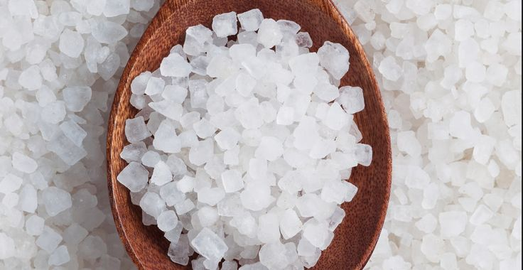 世界の海水から採取する食用塩のほぼすべてに、微細なマイクロプラスチックが含まれていることが、複…
