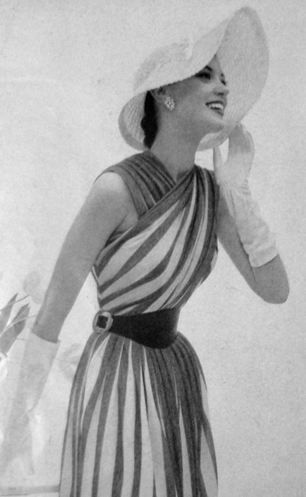1950's Glamour ~ fabulous neckline and I love the hat and gloves!