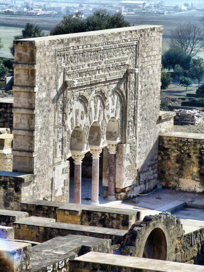 Córdoba – Así es la visita de los restos arqueológicos de Medina Azahara.                                                                                                                                                                                 Más