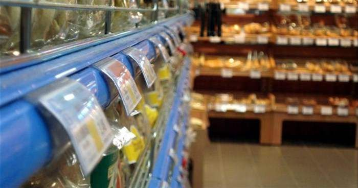 «Ακατάλληλα» και νοθευμένα χιλιάδες τρόφιμα στην ελληνική αγορά– Δείτε ΟΛΗ τη λίστα