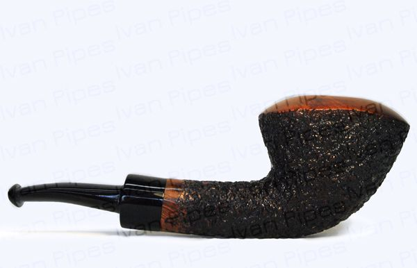 Large rusticated briar pipe