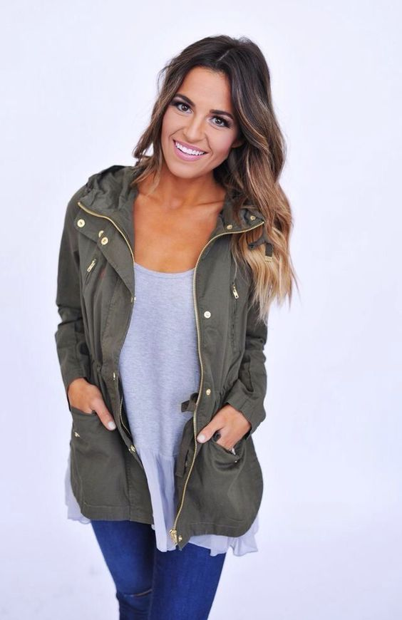 olive utility jacket with gold accents. cute fall outfit