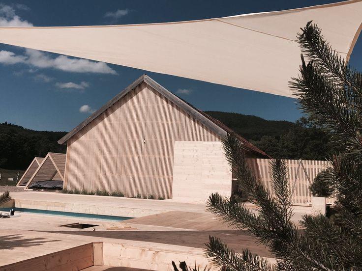 prelata soare 6x6x8,48m, culoare cream pentru acoperirea unei piscine