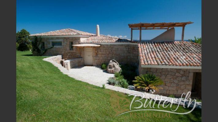 Luxury Villa for Sale in Porto Cervo, Costa Smeralda, Sardinia, Italy. CLICK ON IMAGE FOR INFO & PRICE.