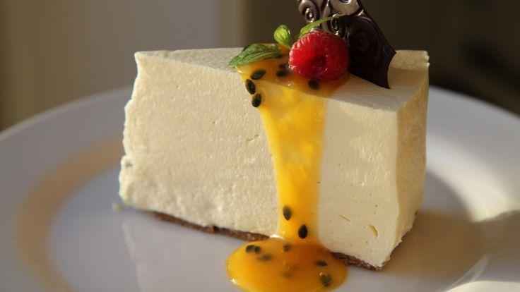 - Pasjonsfrukt-Ostekake - no-bake Passion Fruit Cheese Cake - use a 20cm cake tin for a high cake