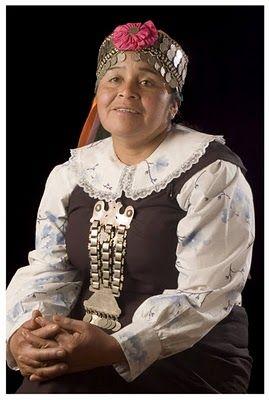 Chile | Mapuche woman | © Mónica Nyrar