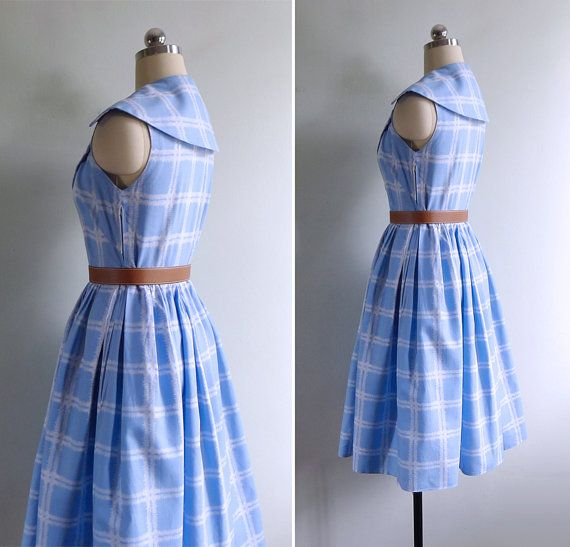 Pretty shade of blue - check! Sailor style collar - check! Full swing skirt - check! Isnt there so much to love about this 50s frock? Classic