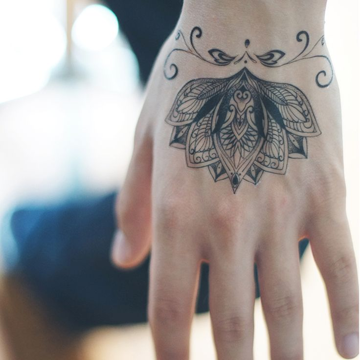 Tatouage temporaire sanskrit lotus fleur faux tatouage autocollants vatican étanche. body art main bras. tatto dessins livraison gratuite