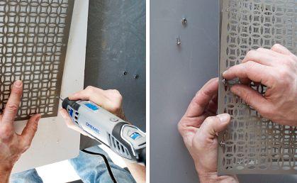 """Paso 4)  En lugar de emplear una pantalla común para la lámpara, creamos una pantalla única y original, utilizando una rejilla de metal flexible de cualquier tipo y diseño. Inserte el accesorio 150 - Broca 1/8 """" en su herramienta, establezca la velocidad a 15 y perfore agujeros para fijar tornillos que sujetarán la rejilla para obtener una pantalla circular."""