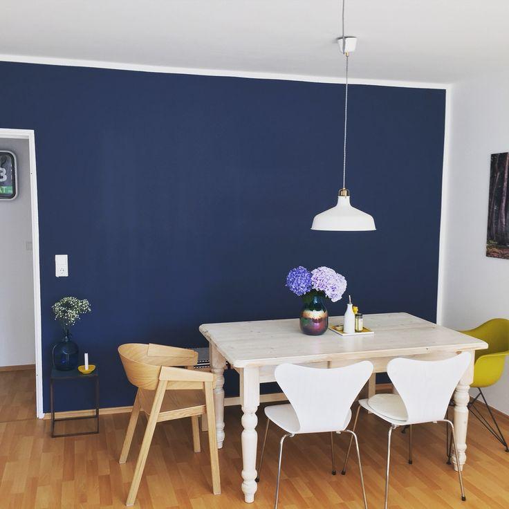 Farrow & Ball #livingroom #bluewalls