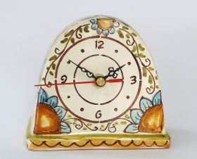 Table clocks Table clock handmade in ceramic and decorated with floral patterned, crackle glaze #madeinitaly #artigianato #ororlogio #watch #tavolo #table #ceramica #cercamic