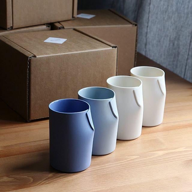 Set of 4 cups. First shipping in 2017. ✨ 2017년 새해 스타트로 보내는 컵세트들.  _ _  #porcelainstudiobomi #unique #handcrafted #porcelain #ceramic #objet #tableware #cup #tumbler #modern #craft #ceramist #pottery #appliedart #porzellan #becher #kunsthandwerk #angewandtekunst #공예 #도예
