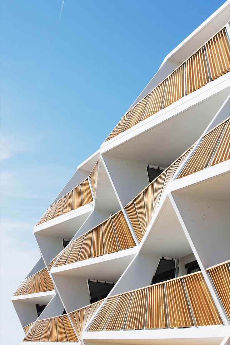 Ragnitzstraße apartments, Graz 2014 | More on: http://www.pinterest.com/AnkAdesign/abstract-piece-of-tecture/
