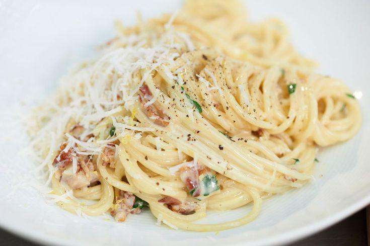Rezept für Spaghetti carbonara bei Essen und Trinken.
