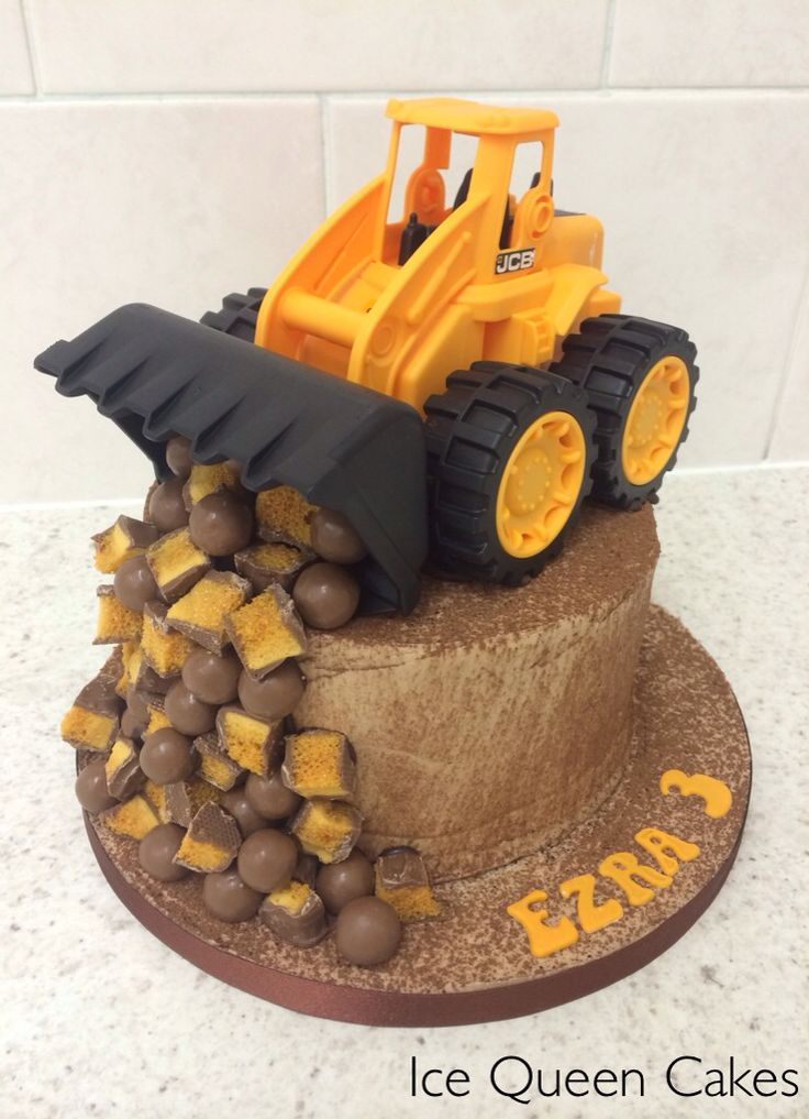 The 25 best Kids construction cake ideas on Pinterest