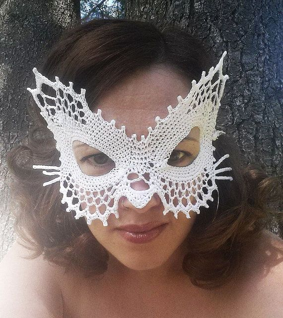 The Laced Cat Masquerade Mask