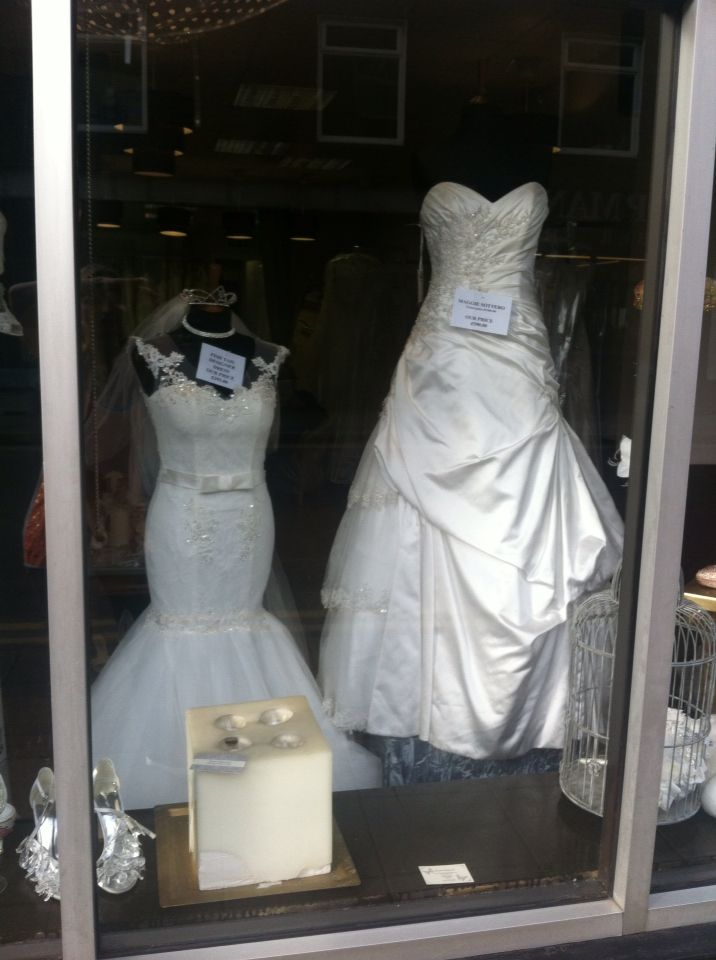 10 best Window Displays Victoria Rogerson Wedding Dress Outlet ...