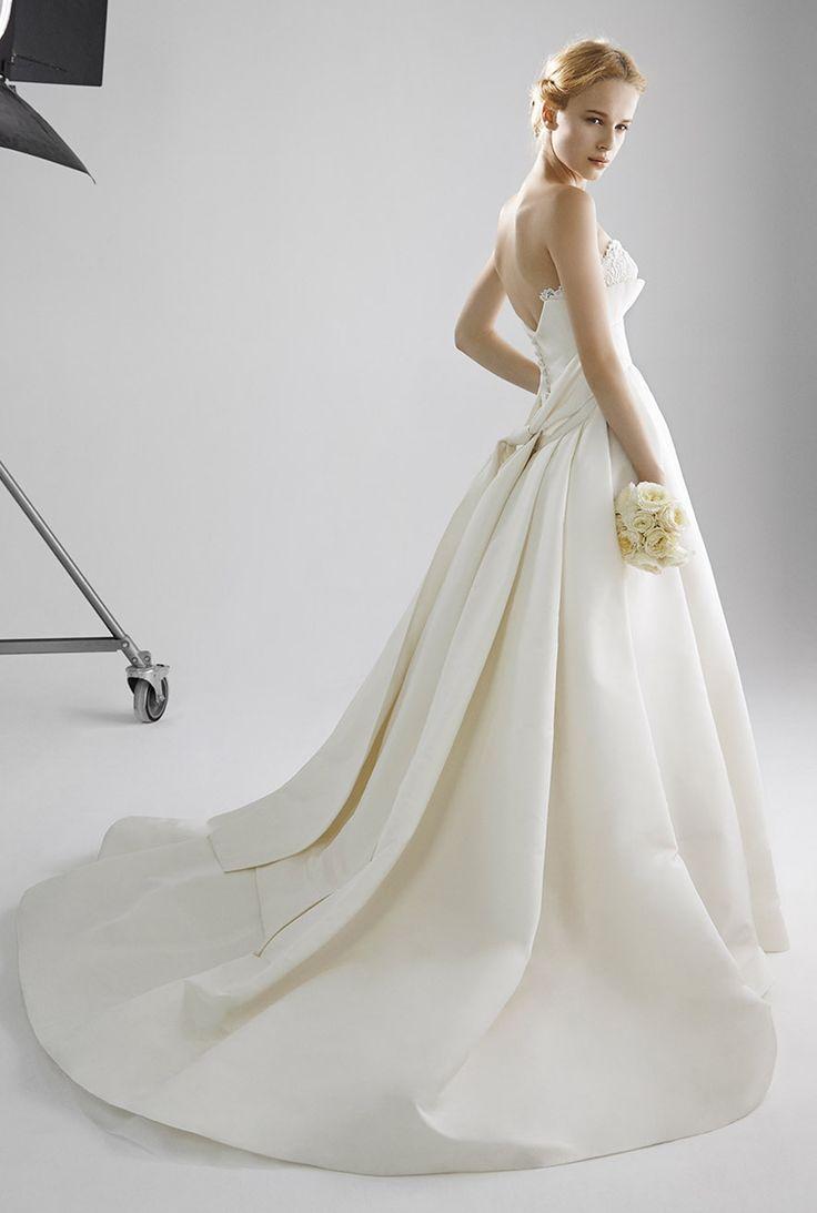 #Micie.#PETERLANGNER#weddingdress#weddinggown#race#ミーチェ#ウエディングドレス#newcollection#新作#ピーターラングナー#レース