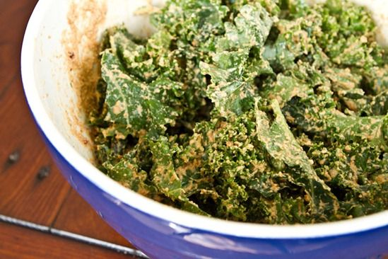 Sun dried Tomato Cheezy Kale Chips - Dehydrated for raw nutrition