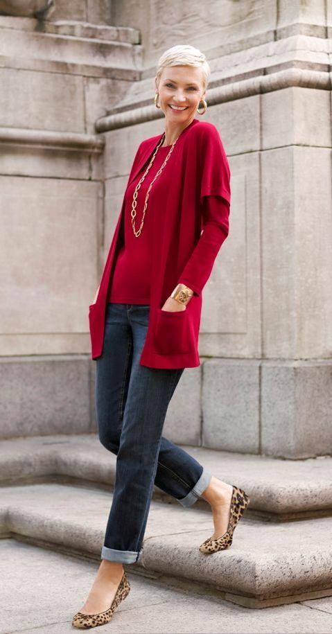 Outfits con jeans para mujeres maduras                                                                                                                                                      Más