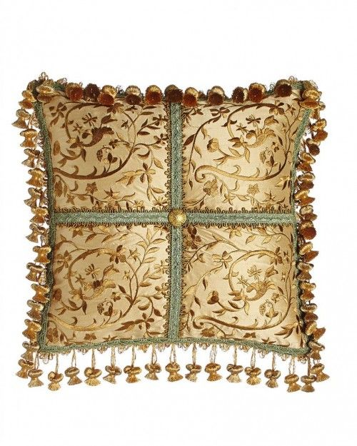 PALAZZO COMO – Embroidered Silk Pillow (14×14)