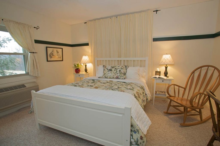 Meadowlark Room: Guest Room, Room Overlooking, Plush Beds, Queens Size, Meadowlark Room, Romantic Electric, Electric Fireplaces, Mission Style, Beautiful Beds