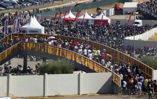 Spettacoli: #MotoGP #Aragon #2016 Gara - Diretta esclusiva Sky Sport MotoGP HD differita Tv8 (link: http://ift.tt/2ctBbXw )