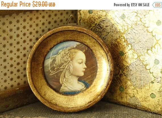 MOVING SALE Vintage Italian Florentine Gold Round Framed Medieval Women, Made in Italy, Antique Worn Gold Frame, Charming Small Framed Art, by VandyleeVintage on Etsy https://www.etsy.com/listing/529939313/moving-sale-vintage-italian-florentine