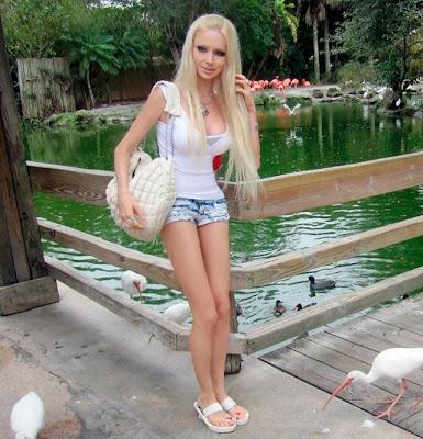 Barbie ukrainienne Valeria Lukyanova