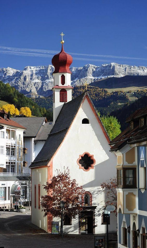Ortisei - Chiesa di Sant'Antonio, Trentino-Alto, Italy | by gummachan