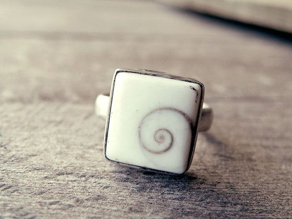 Shell ring Shiva's eye ring stone ring square stone by CarmelaRosa