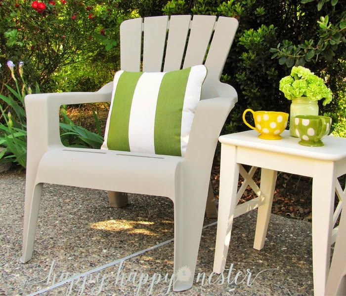 Annie Sloan Chalk Paint and Plastic Outdoor Chairs