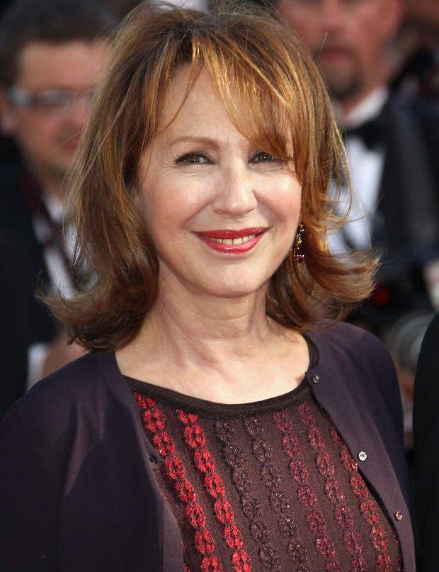 Nathalie Baye : on lui donne 56 ans, elle en a 66 le 25.04.2015