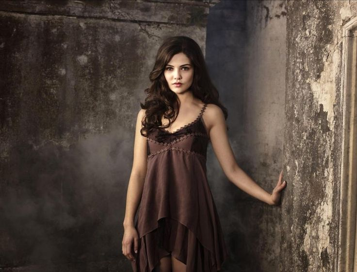 Danielle campbell Age, Height, Net Worth, Weight, Wiki, Biography And Other