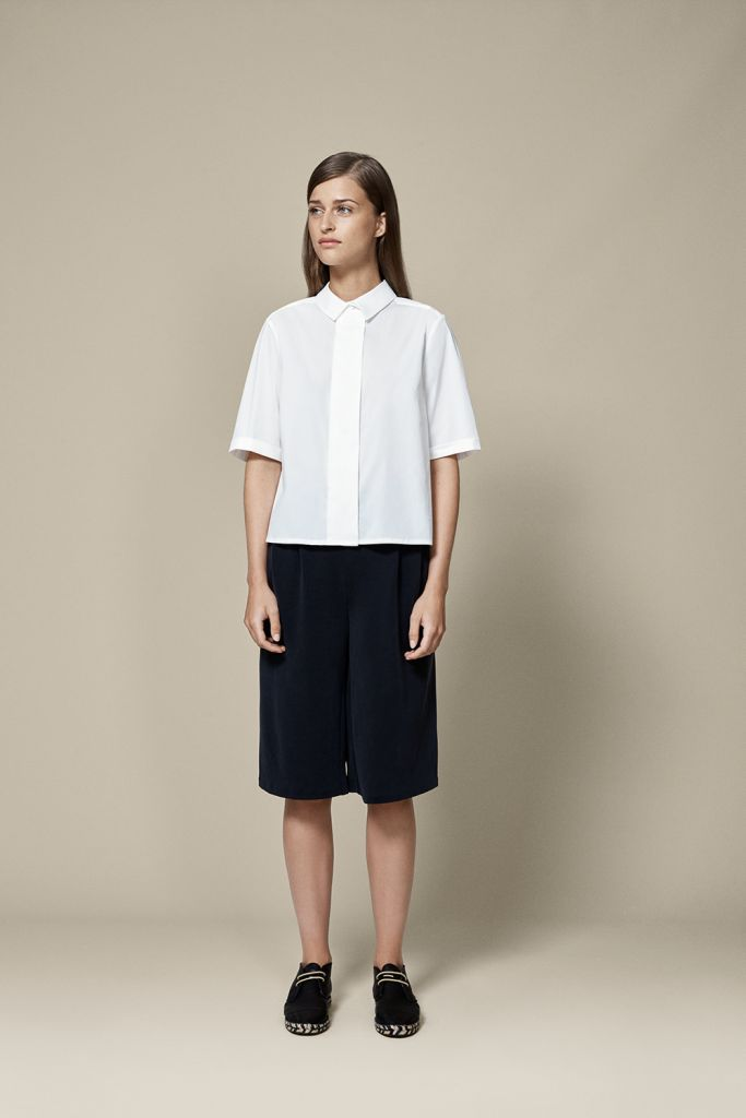 SAY HELLO TO CROPPED ON CROPPED  Beat the heat in a look that shows some skin, while standing firmly on the side of classy. The graphical approach to combining cropped, boxy tops and a cropped version of culottes is exactly what 30+ temperatures are calling for.