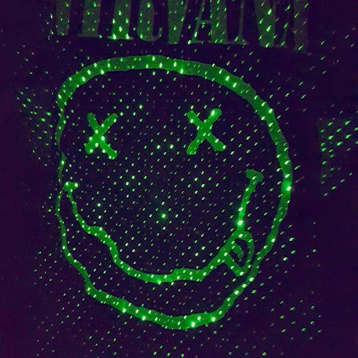 Nirvana shirt smiley