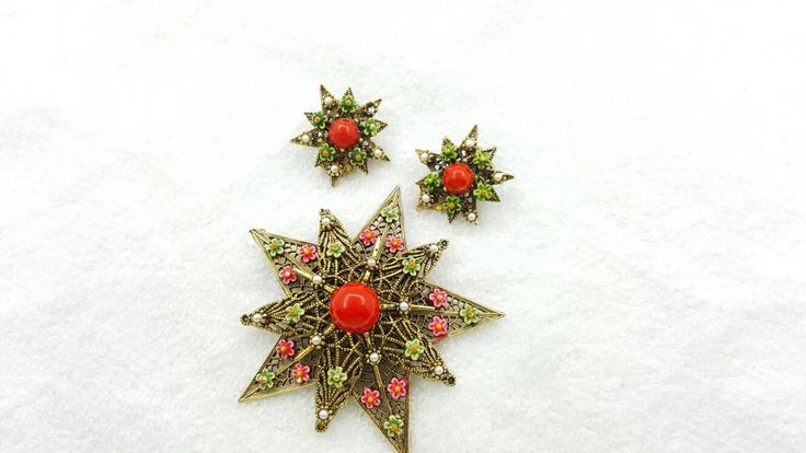 Art Signed Red Star Brooch and Clip Earrings Detailed Vintage pretty #jewellery #lucylucylemon