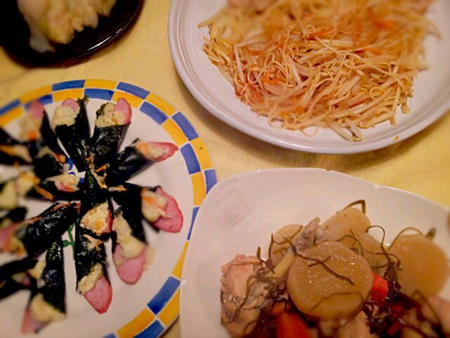 ビュッフェスタイル~♪ - 4件のもぐもぐ - ☆そうめんチャンプル~ ☆手羽元と大根の煮物 ☆ポテサラ~ハム・海苔巻き ☆白菜漬け物 by rietantan