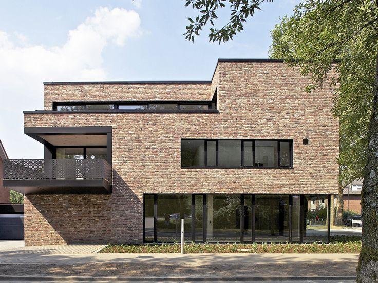 #homify #Backstein #Schwarz #Architektur #Kubus