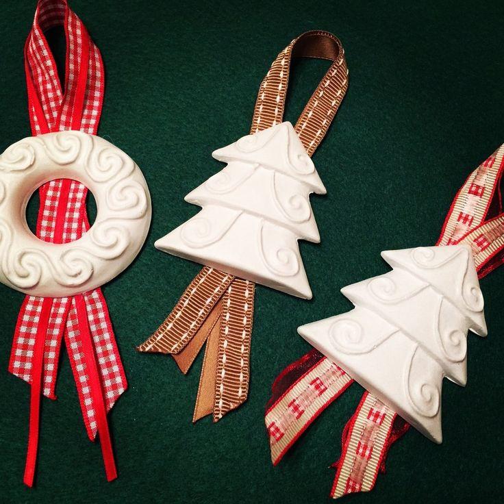 Appendi al  tuo albero di Natale un gessetto decorato con tanti nastrini colorati!!, by Pain Amour et Fantaisie, 3,00 € su misshobby.com