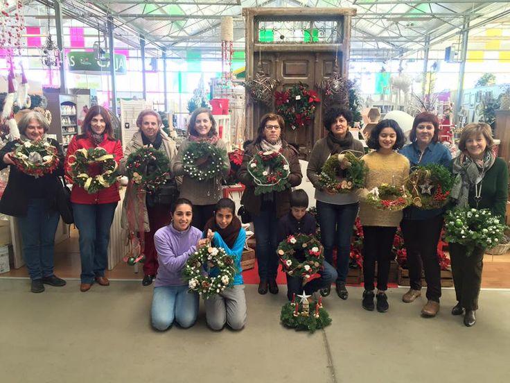 ¡Gracias a tod@s los asistentes a nuestro taller de coronas de navidad!