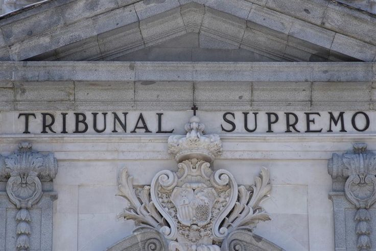 El Supremo condena a Santander a devolver 1,48 millones por desviarse del precio del mercado en 'swaps'  ||  El Tribunal Supremo ha condenado a Banco Santander a devolver a una empresa 1,48 millones de euros, junto con los intereses legales devengados, por el cobro…