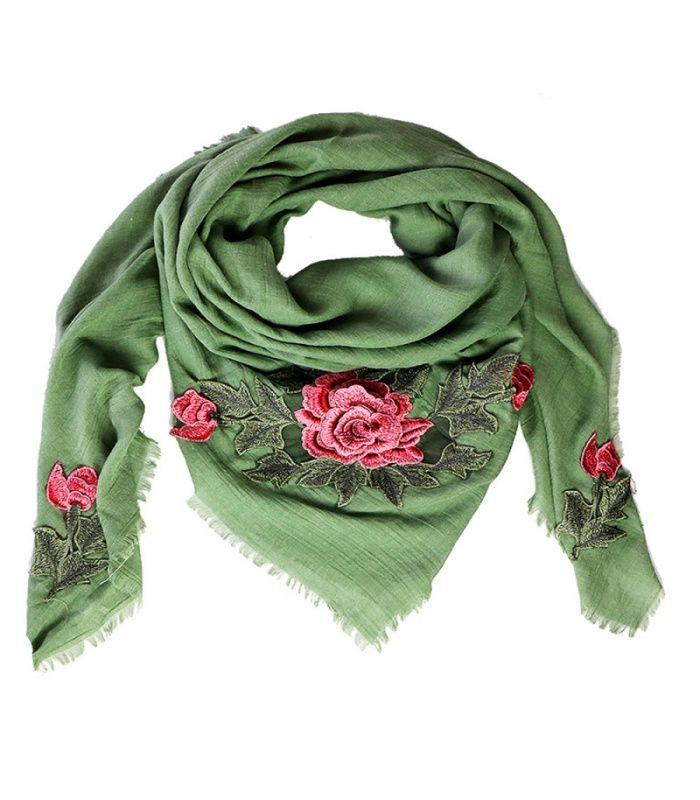 Groene trendy sjaal met rozen print| De grote roos is een patch met 3D-effect. | Yehwang fashion en sieraden